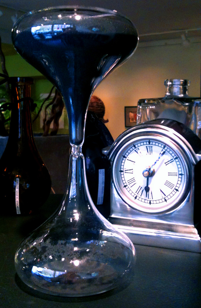 Lililoo-hourglass